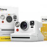 POLAROID Everything Box Now White Kamera inkl. Doppelpack für 16 Bilder i-Type Film Color